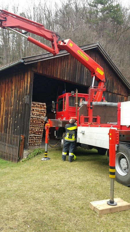 You are browsing images from the article: Kabelbrand bei Hausanschluss in der Werning