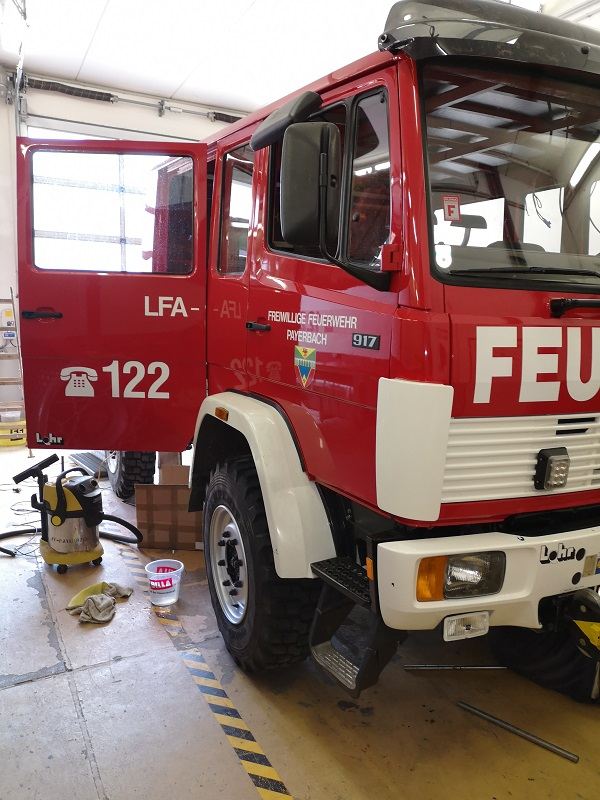 You are browsing images from the article: Umbau LFA-B