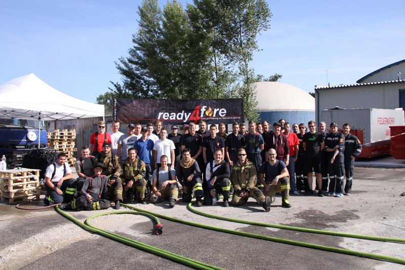 You are browsing images from the article: Feuerwehr Payerbach bei ready4fire