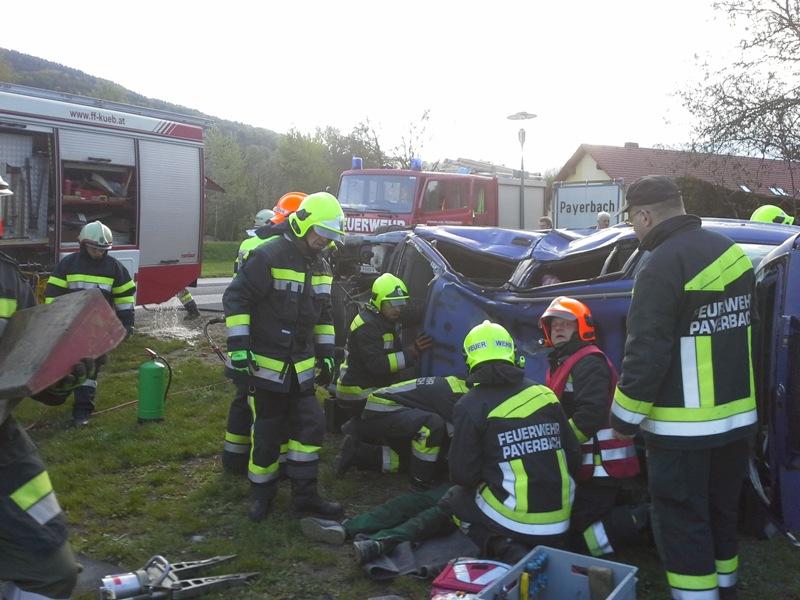 You are browsing images from the article: Gemeindeübung der drei Gemeindefeuerwehren