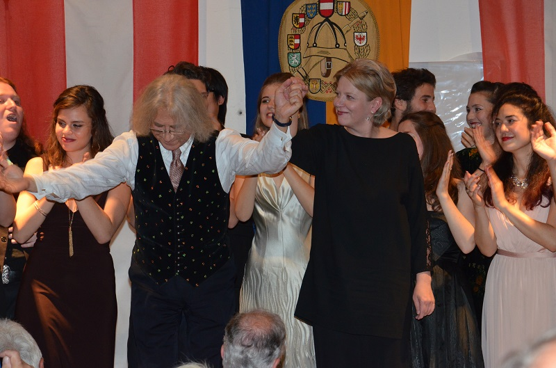 You are browsing images from the article: 5. Benefizkonzert von Maestro Vladimir Chernov