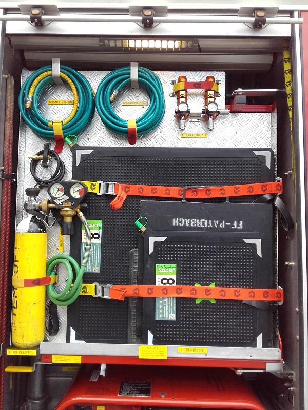 You are browsing images from the article: Neuer hydraulischer Rettungssatz & Hebekissen eingetroffen