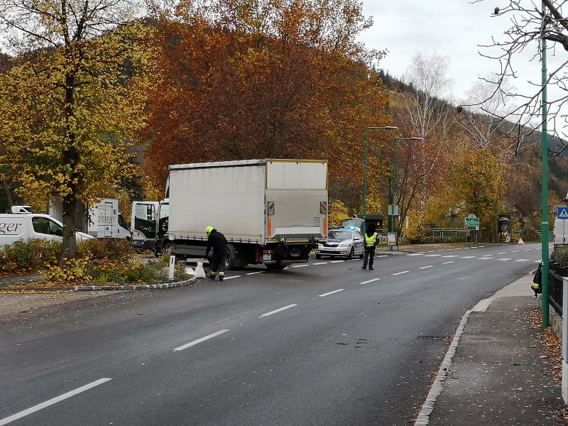 You are browsing images from the article: Verkehrsunfall B27 in Payerbach